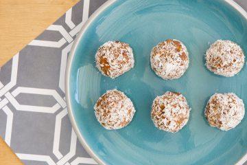 carrot-cake-bliss-balls-mealplan